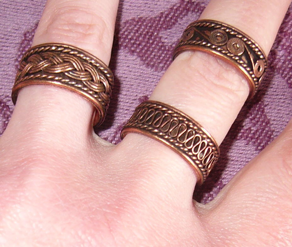 SATURN RINGS: 3 crafted adjustable copper rings