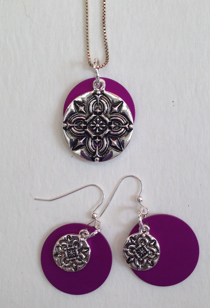 Necklace/Earrings Suite with Purple Disks