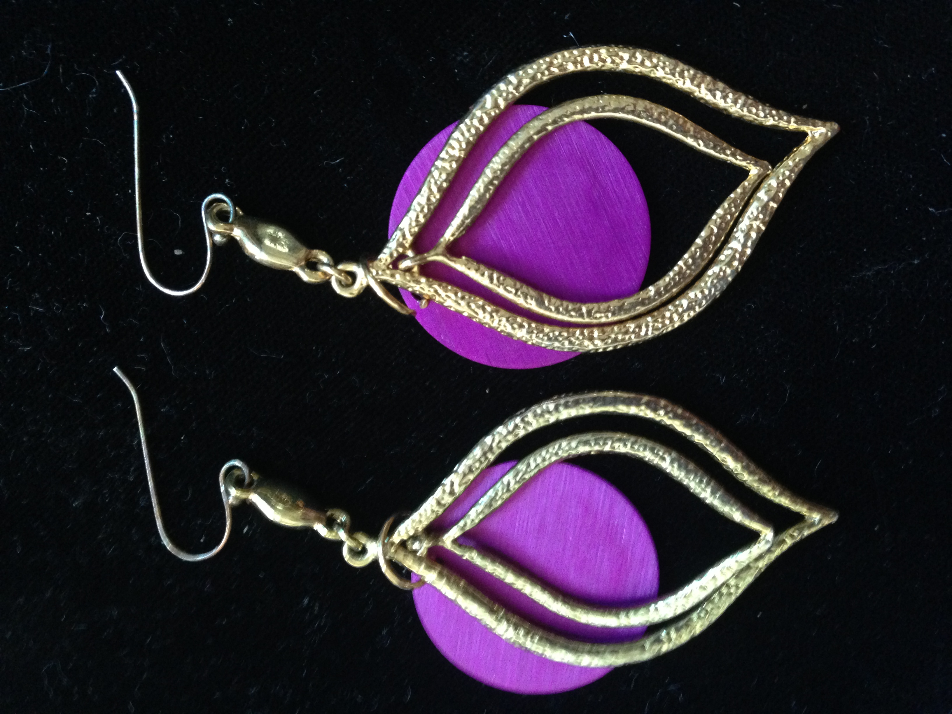 Tri-Color Gold Earrings with Purple Disks